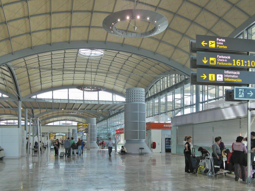 Координаты аэропорта аликанте