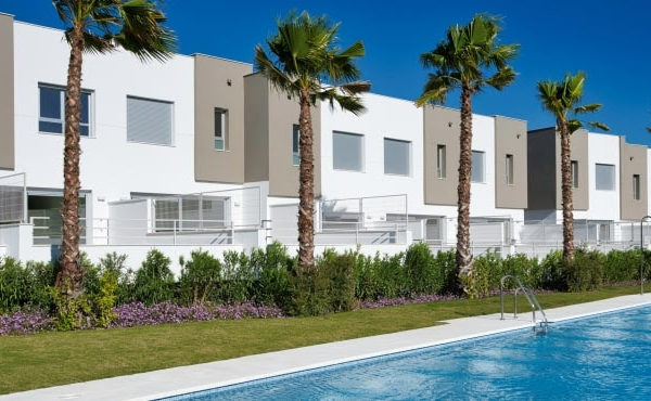 British and Spanish website visitors leading interest in holiday homes