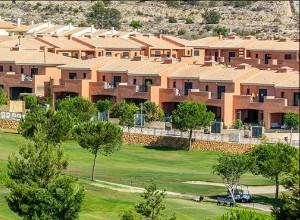 New townhouses in Alenda Golf