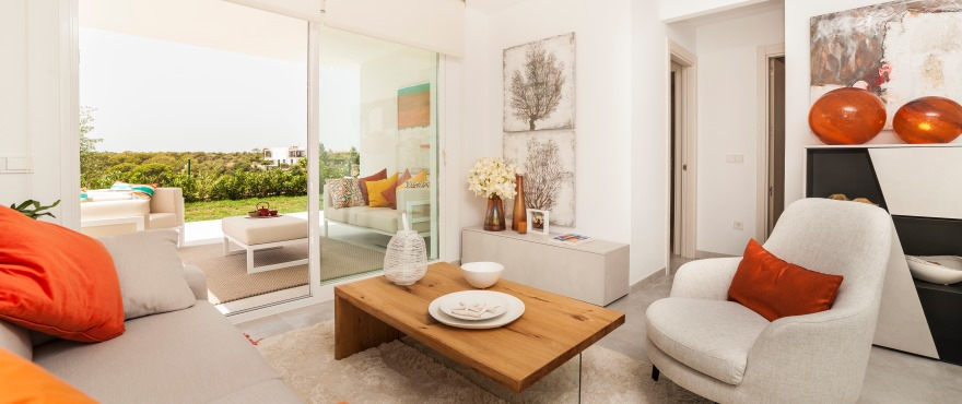 Acquamarina: ground floor homes have large terraces