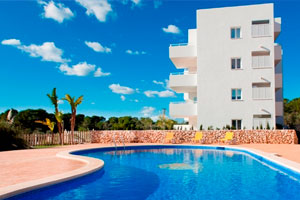 Apartments Cala Dor, Mallorca: 2 bed with terraces