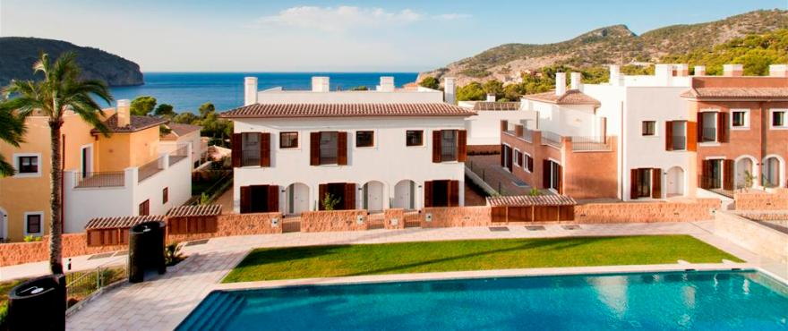 Sea views from townhouse in Los Altos del Golf, Andratx, Mallorca