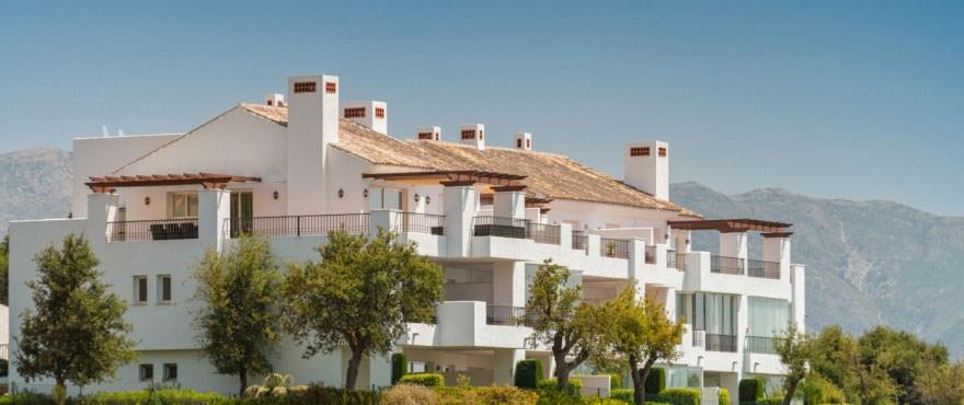 Appartamenti La Floresta in vendita: progettati per dar vita ad un tranquillo paese bianco e mediterraneo con ampie terrazze per godere di spettacolari vedute