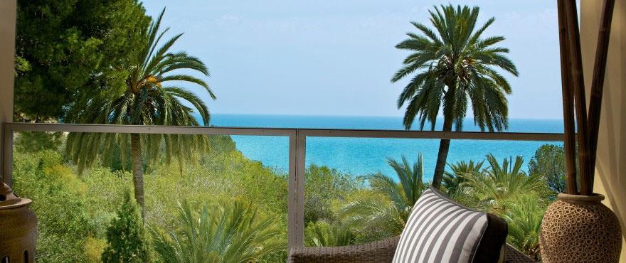 Vue magnifique sur la plage Paraíso