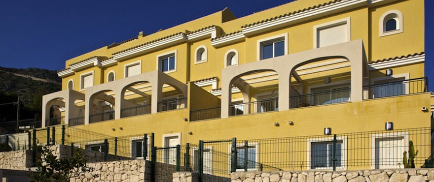 New houses for sale in Calpe, Taylor Wimpey's private residential Montesol: Exterior