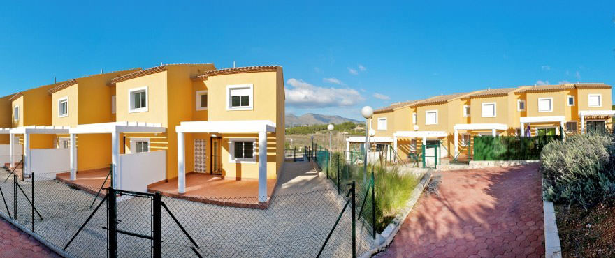 Townhouses for sale Calpesol, Calpe, Alicante