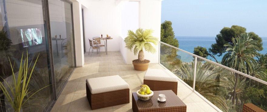 Residentie La Vila Paradis: grote terrassen met uitzicht op zee. Playa Paraiso. Villajoyosa