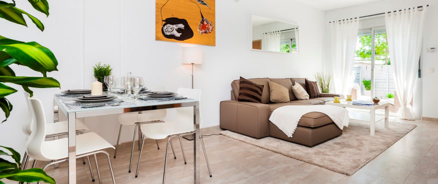 Luminous dining and living room in flat for sale in Mallorca