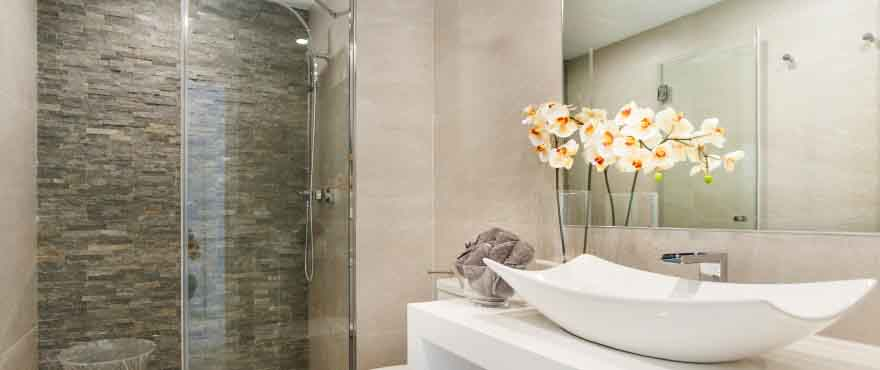 Bathroom. Quality finishes in the properties of Taylor Wimpey Spain