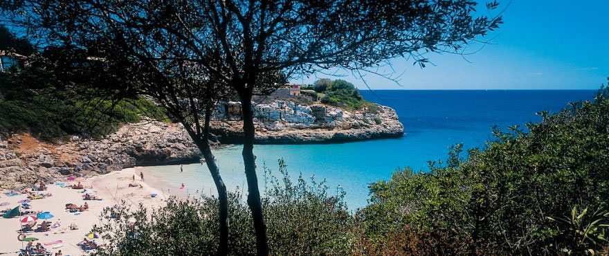 Cala Anguila, one of the most beautiful coves in Mallorca