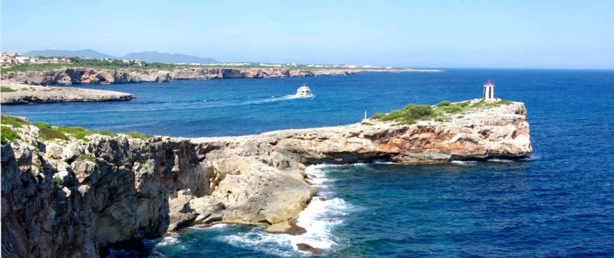 View of cove from the sea close to Cala Magrana III with apartments for sale