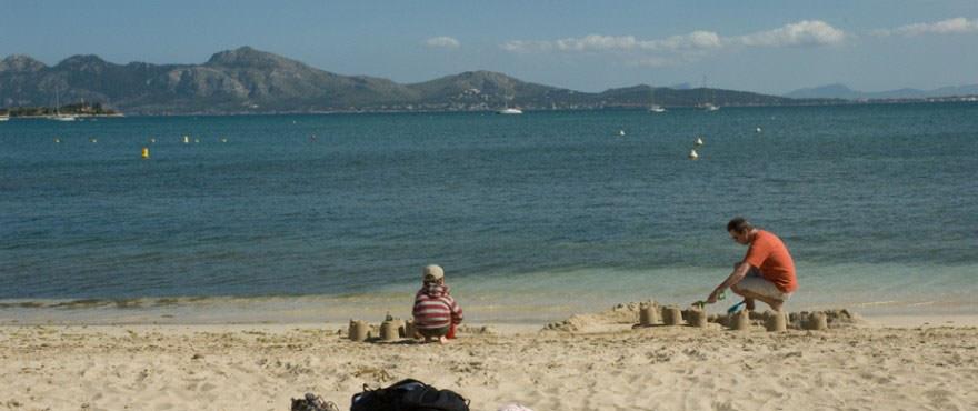 Playas y vistas desde la playa del Puerto Pollensa