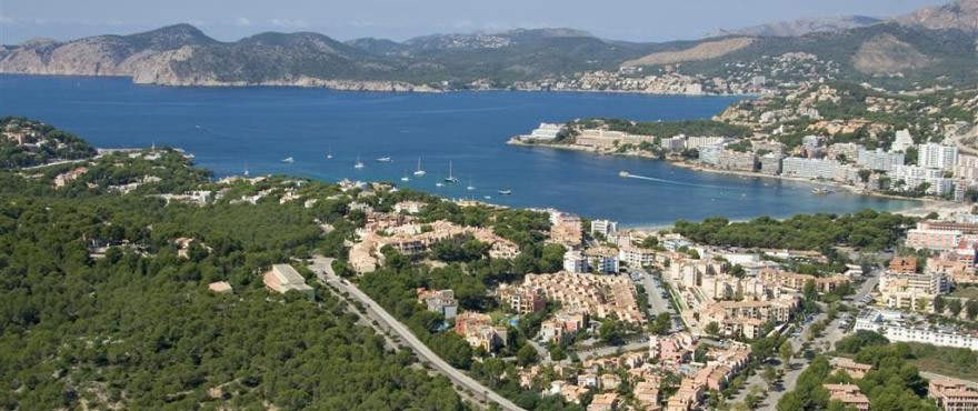 Mallorca: New apartments for sale in Santa Ponsa, Calvia: 3 bed and 2 baths. Just 5 minutes from the beach and close to all amenities of the area