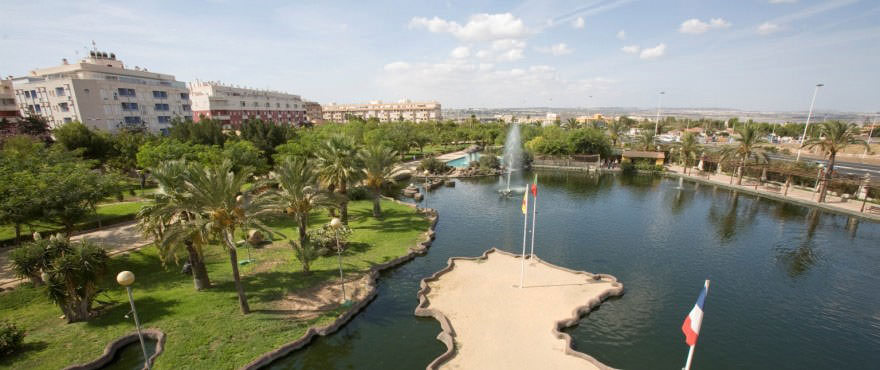 Nations Park, Torrevieja, Close to La Recoleta, Taylor Wimpey propety