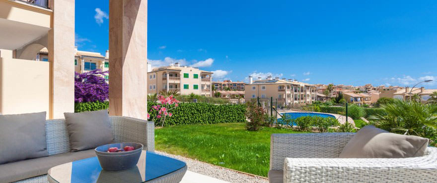 Terrace with chill out zone in ground floor apartment in Cala Magrana III