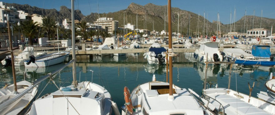 Parking for sale, garage for sale in Mallorca, Puerto Pollensa, 2 bedrooms, near beach, exterior and communal swimming pool
