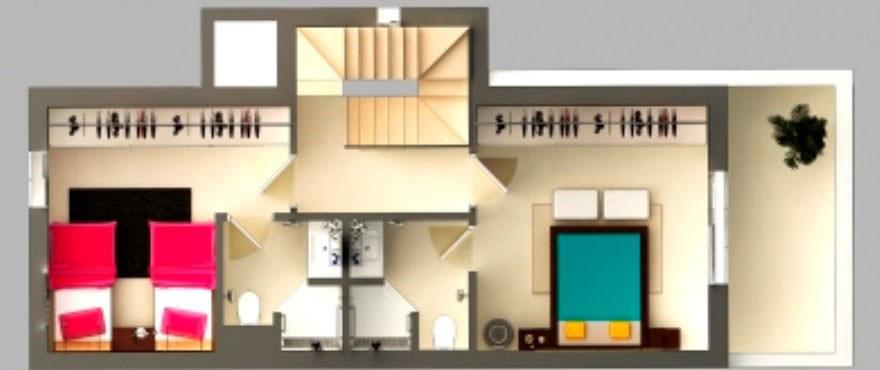Plantegning av første etasje med: hage, terrasse, 2 soverom, 2 bad