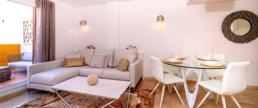Wohnzimmer in der Wohnanlage La Recoleta, Punta Prima, Torrevieja, Costa Blanca
