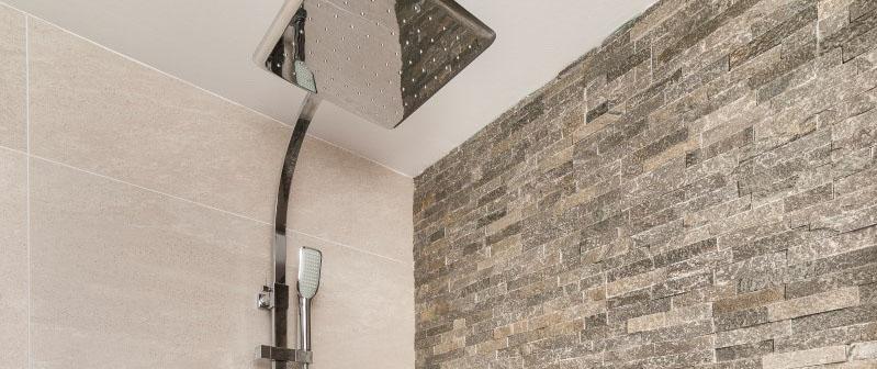 Badkamer met kwaliteitsafwerking in Spanje