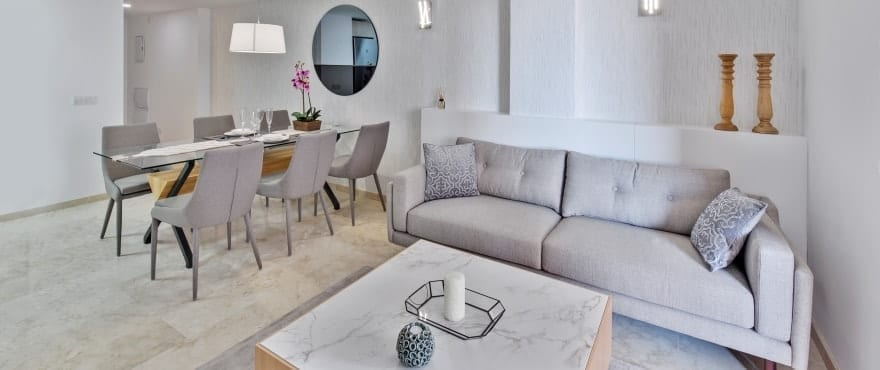 La Recoleta III Apartments, Punta Prima: Livingroom with direct access to the terrace