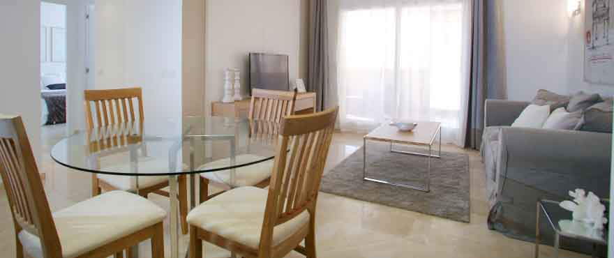 La Recoleta III Apartments, Punta Prima: Spacious livingroom with direct access to the terrace