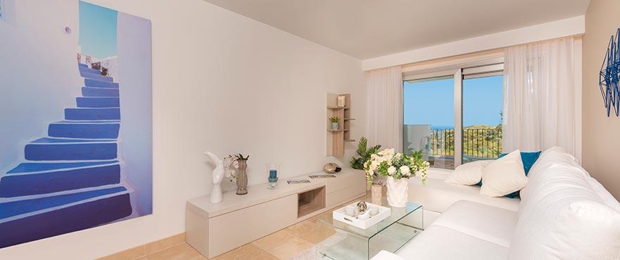 La Floresta Sur apartments for sale: Spacious living room with views