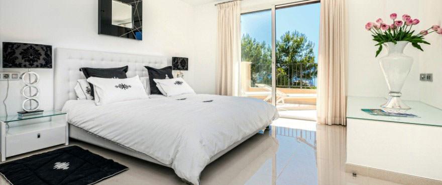Master bedroom with fantastic views in Puerto Andratx, Mallorca