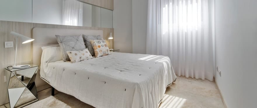 La Recoleta III Apartments, Punta Prima: Spacious double bedroom