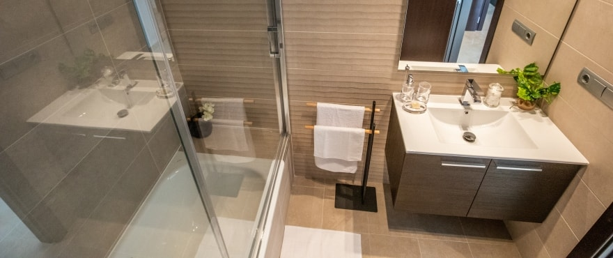La Floresta Sur apartments: Bathroom with quality finishes