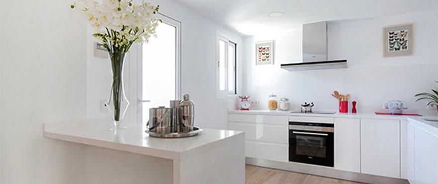 Deze woningen zijn gebouwd volgens de hoogste standaarden en afgewerkt met designermaterialen en -merken.