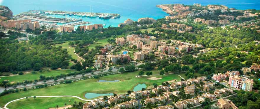 Panoramic view in residential Marina Golf