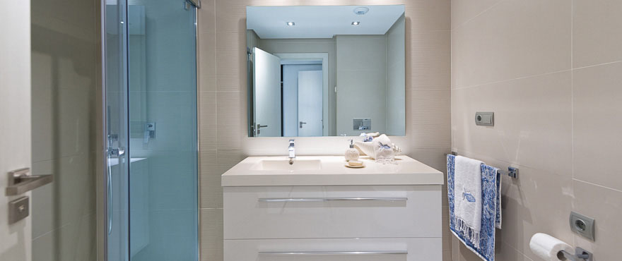 High quality finishes in the modern bathrooms, Jade Beach, Marbella