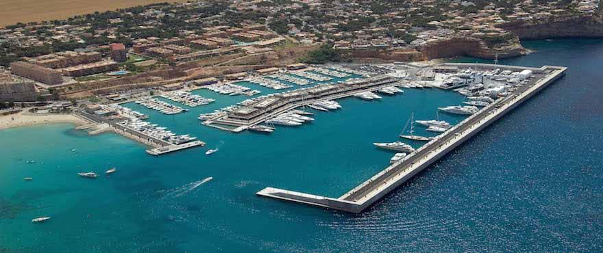 Ekslusive Santa Ponsa er hjem til flere marinaer, restauranter og butikker, Mallorca, Marina Golf