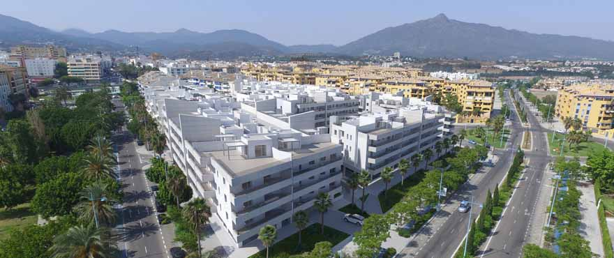 Wohnungen zum Verkauf, Wohnanlage mit Pool in San Pedro de Alcántara, Marbella, Costa del Sol