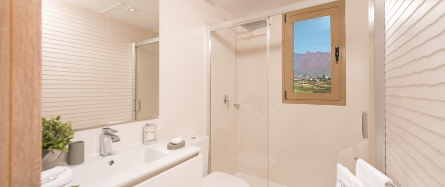 Modernes Badezimmer, Reihenvillen Horizon Golf