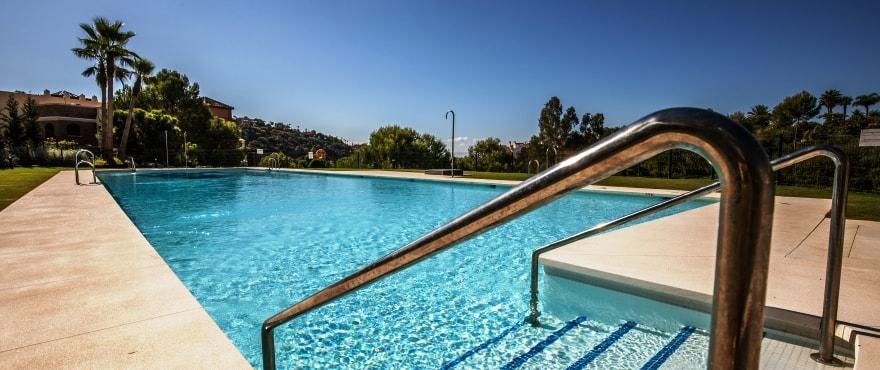 Pool och sport på Botanic