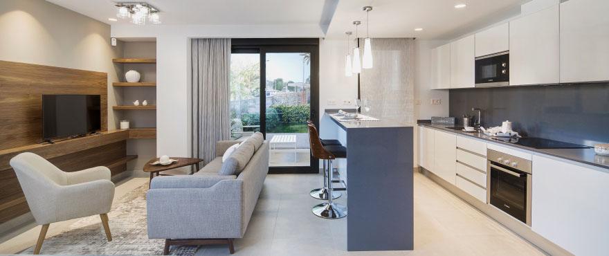 Cocina moderna de Arenal Dream, nueva vivienda en venta, Jávea