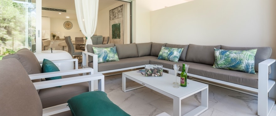 Serenity, spacious terraces in Santa Ponsa