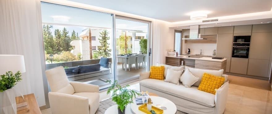 Bright living area of new apartment for sale at Royal Banús, Marbella