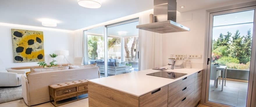 Modern, open kitchen at Royal Banús, with Siemens appliances