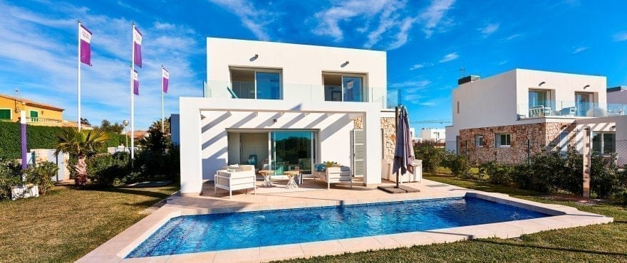 Las Villas de Dalt de Sa Rápita, Villa with pool for sale, Majorca