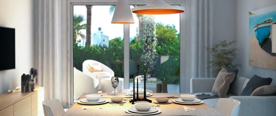 Светлая гостиная в новом жилом комплексе Acquamarina