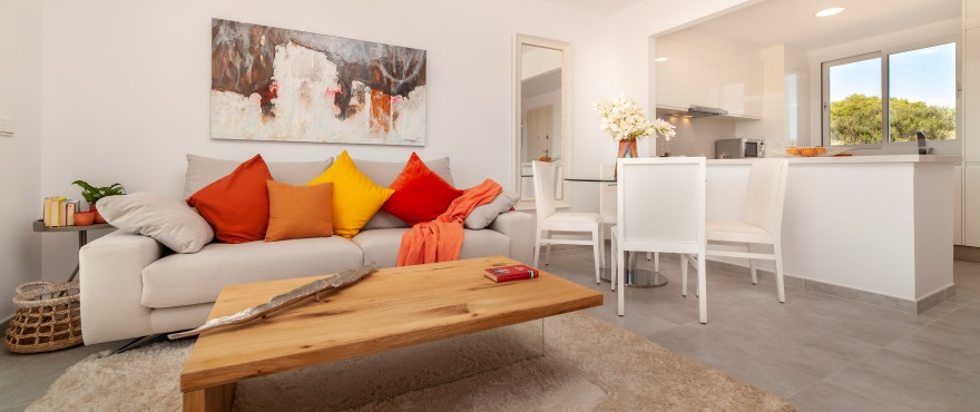 Bright living room in the new Acquamarina residential complex