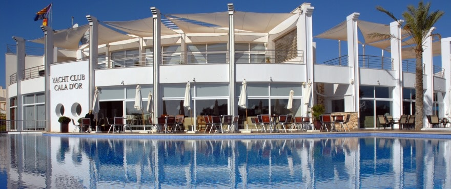 Jachthaven Cala D'Or, Yacht club, Santanyi, Mallorca