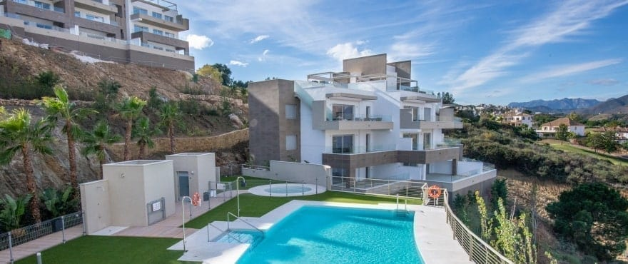 Grand View : appartements en vente avec piscine commune à La Cala Golf Resort