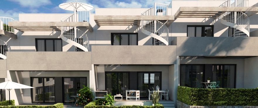 Kiruna residencial: Townhouses in Elche, Alicante: Terrace