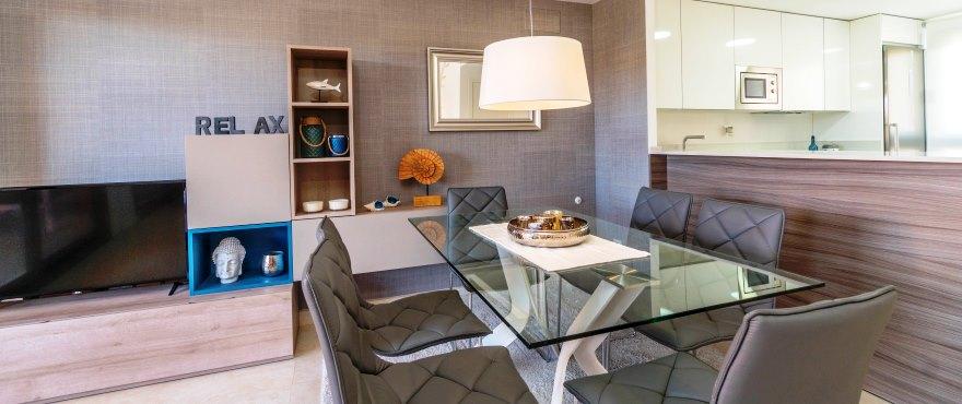 Woonkamer, Vakantiehuizen te koop, Vakantiehuizen in Elche, Alicante, Golf, 3 slaapkamers, tuin en privéparking, zwembad