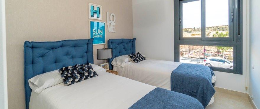 Townhouses in Elche, Alicante: Bedroom