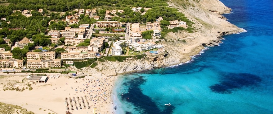 Royal Blue, new apartments just 200 metres from the beach at Cala Mesquida, Majorca
