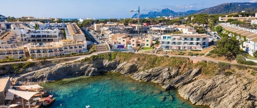 Blue Cove, new apartments with sea views in Cala Lliteras, Capdepera, Majorca